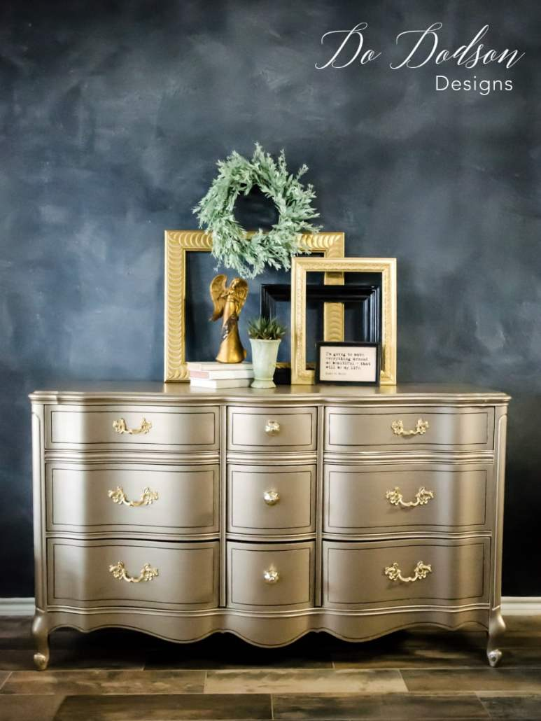 Using metallic paint on furniture can really make a statement when you're looking for that wow factor. #dododsondesigns #metallicpaintforfurniture #metallicpaint #furnituremakeover #paintedfurniture