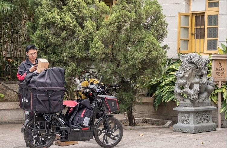 Mail-Delivery E-Bikes