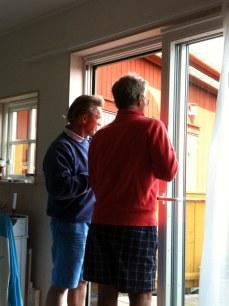 Stephen och Ulf pratar väder.