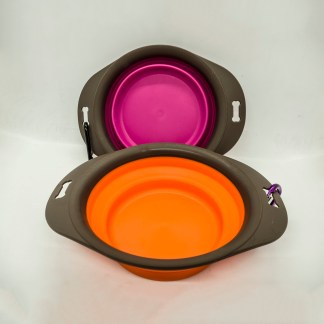 Pet Touch Medium Portable Bowl.