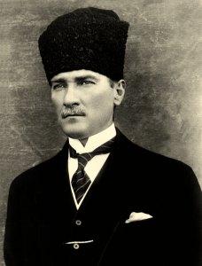 "Mustafa Kemal Atatürk (1881-1934) el ""padre"" de la moderna Turquía."