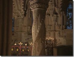 La columna llamada El Pilar del Aprendiz  en el interior de Rosslyn