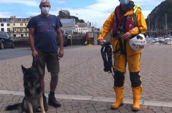 Devon Dog's Cliff Rescue After Trying to Retrieve Stick and Falling Into Water 10