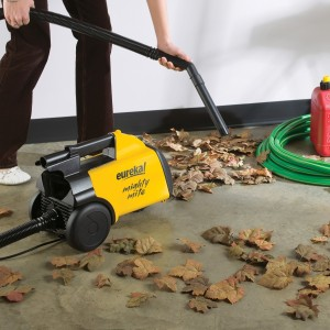 canister vacuum for tiles
