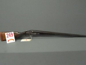 Lot 249: Lefever double barrel 20ga shotgun Steel barrel Length 28in Length of pull 13 3/4in SN 60029