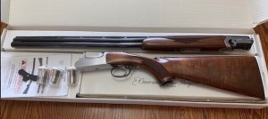 "RUGER RED LABEL 28 GA., 28"" BARRELS, 5 CHOKE TUBES & WRENCH, OUTSTANDING WOOD, AS NEW IN THE BOX WITH OWNERS MANUA"