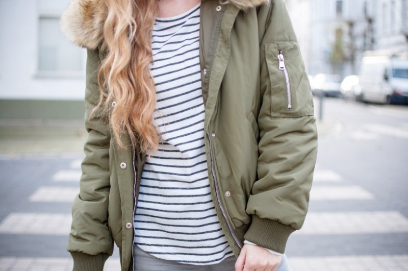 army green bomber jacket outfit from Sienna Goodies Antwerp