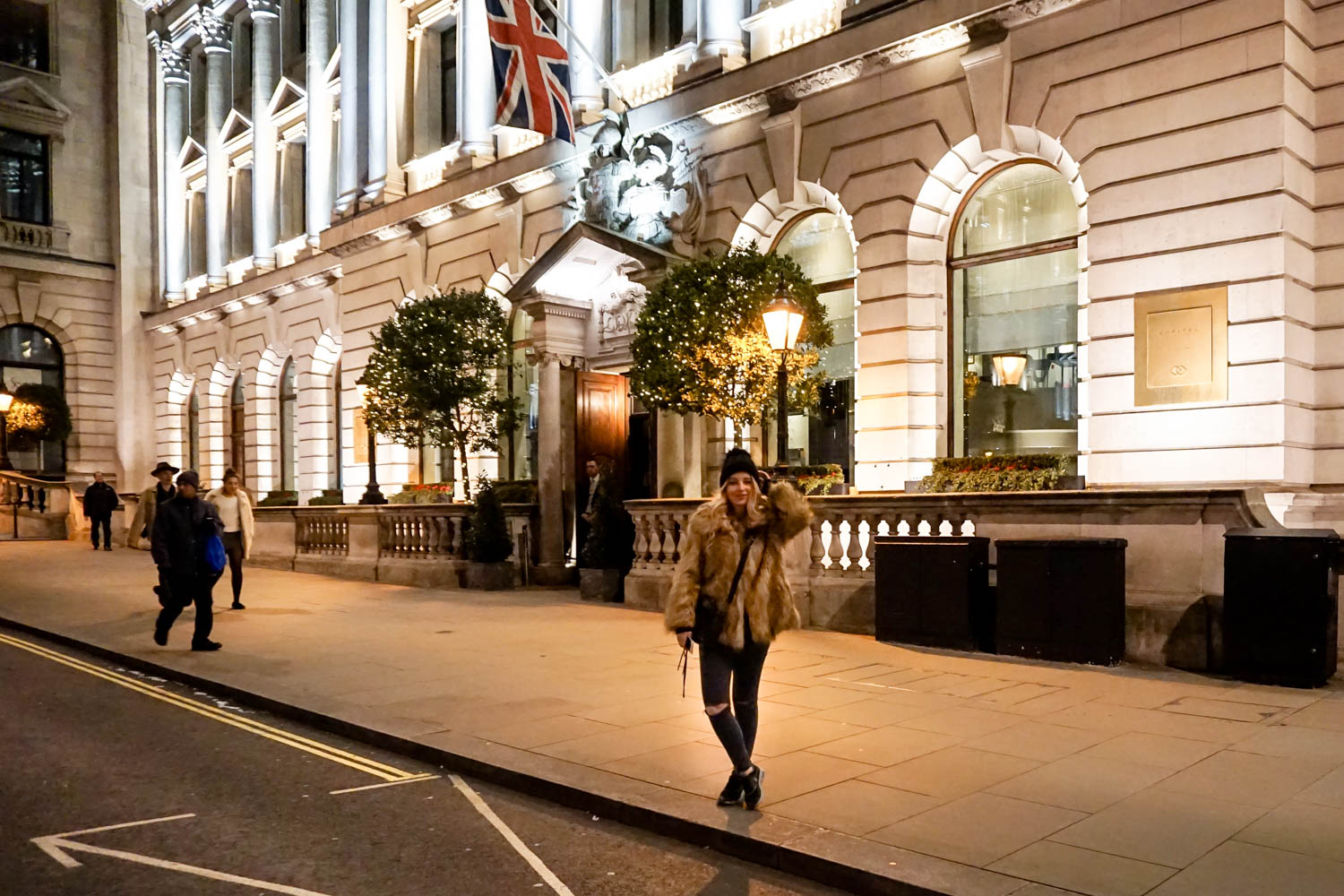 London Streetsyle Dogs and Dresses Sofitel St-James London