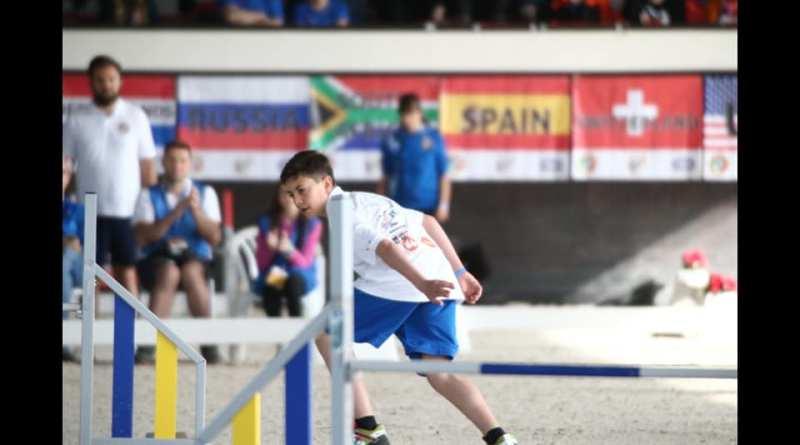 13 anni, una giovane promessa dell'agility: il barese Marco Amendolagine