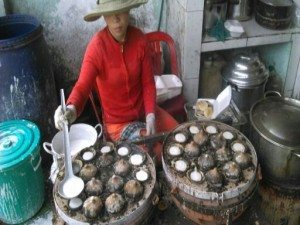 và Bánh Căn Phan Thiết (tại Long Khánh, chủ quán gốc PT)