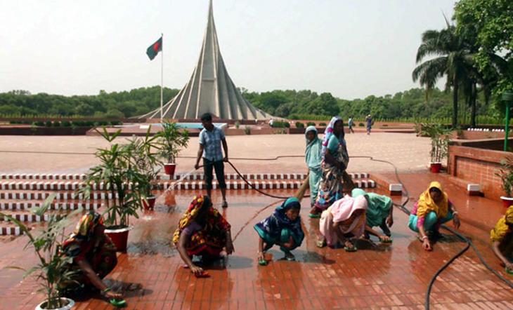 রোববার মহান বিজয় দিবস :প্রস্তুত জাতীয় স্মৃতিসৌধ
