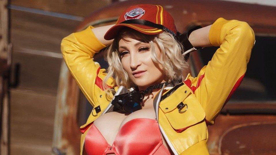 Holly Wolf nei panni della sexy meccanica Cindy di FFXV