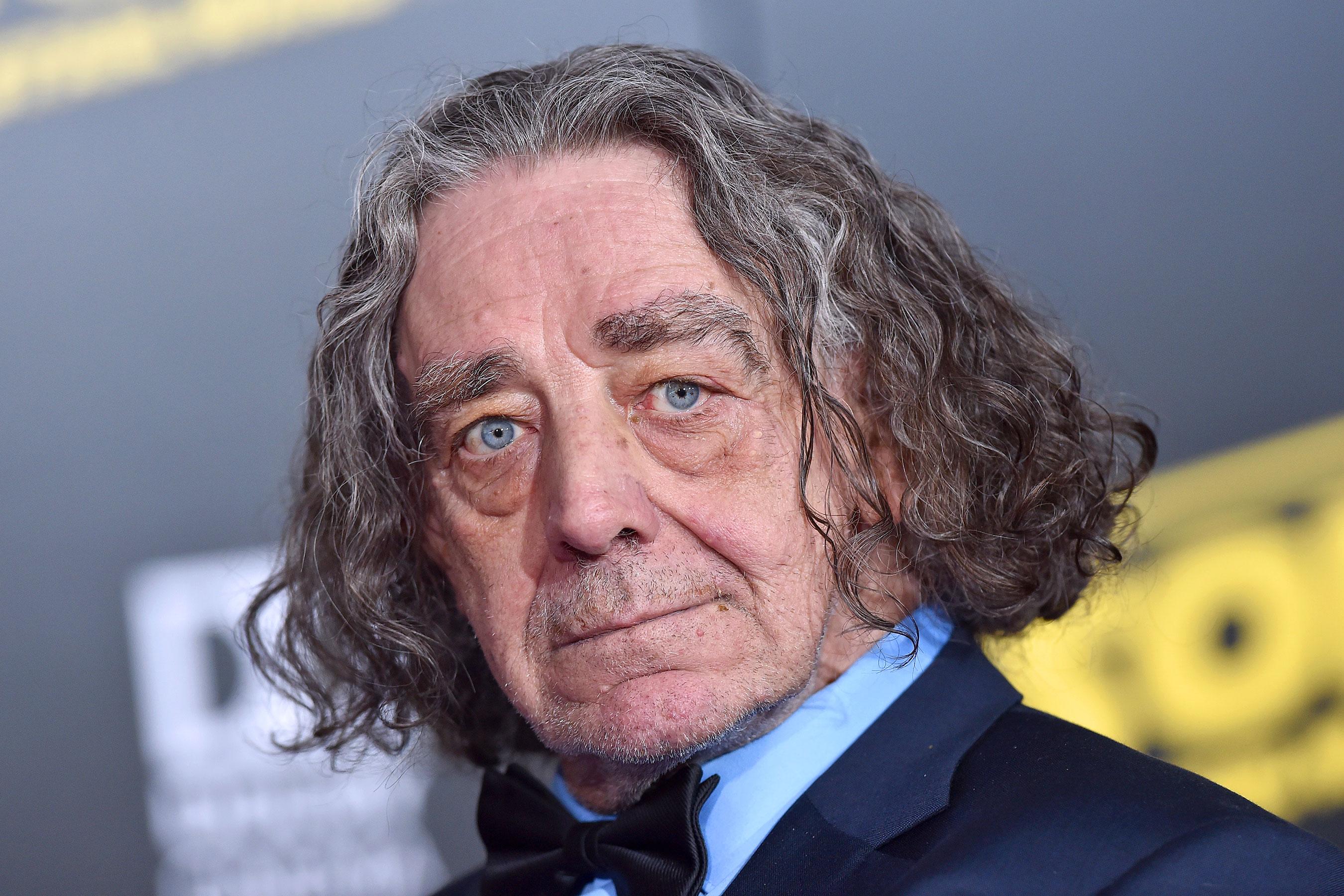 L'attore interprete di Chewbacca Peter Mayhew è morto all'età di 74 anni