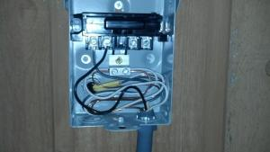 110 wiring in 220 AC Disconnect Box  DoItYourself