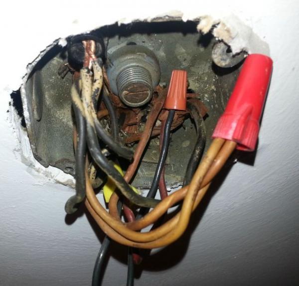 Old Ceiling Fan Box wwwlightneasynet