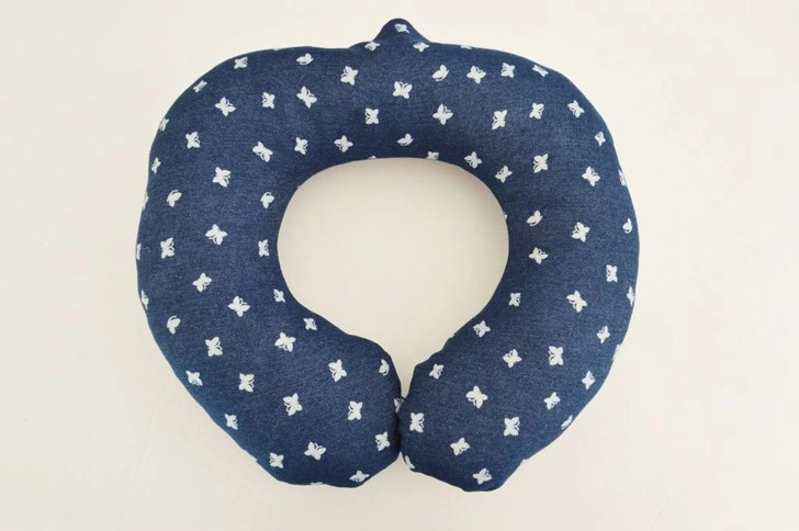neck travel pillow without a sewing machine