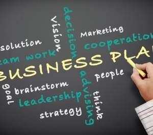 membuat business plan