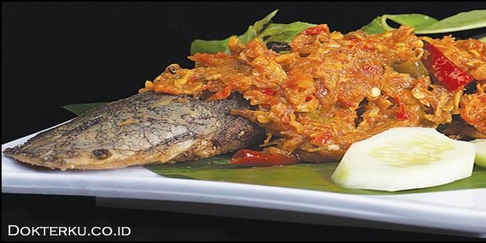 Ikan lele termasuk makanan riverfood yang harus dihindari oleh penderita asam urat via selerasa.com