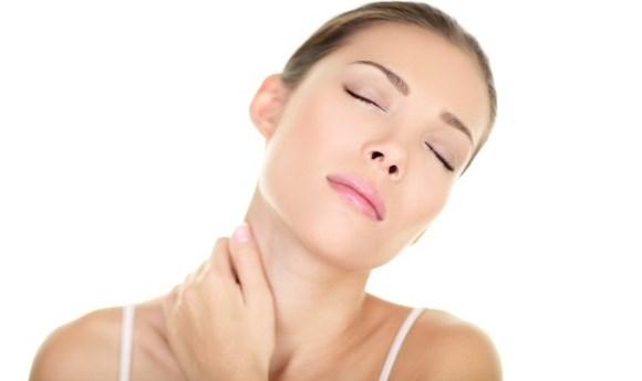 Melakukan peregangan di sekitar leher dapat meredakan sakit kepala