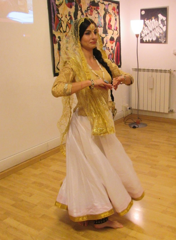 north-indian-dance-1