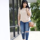nude sweater spring outfit