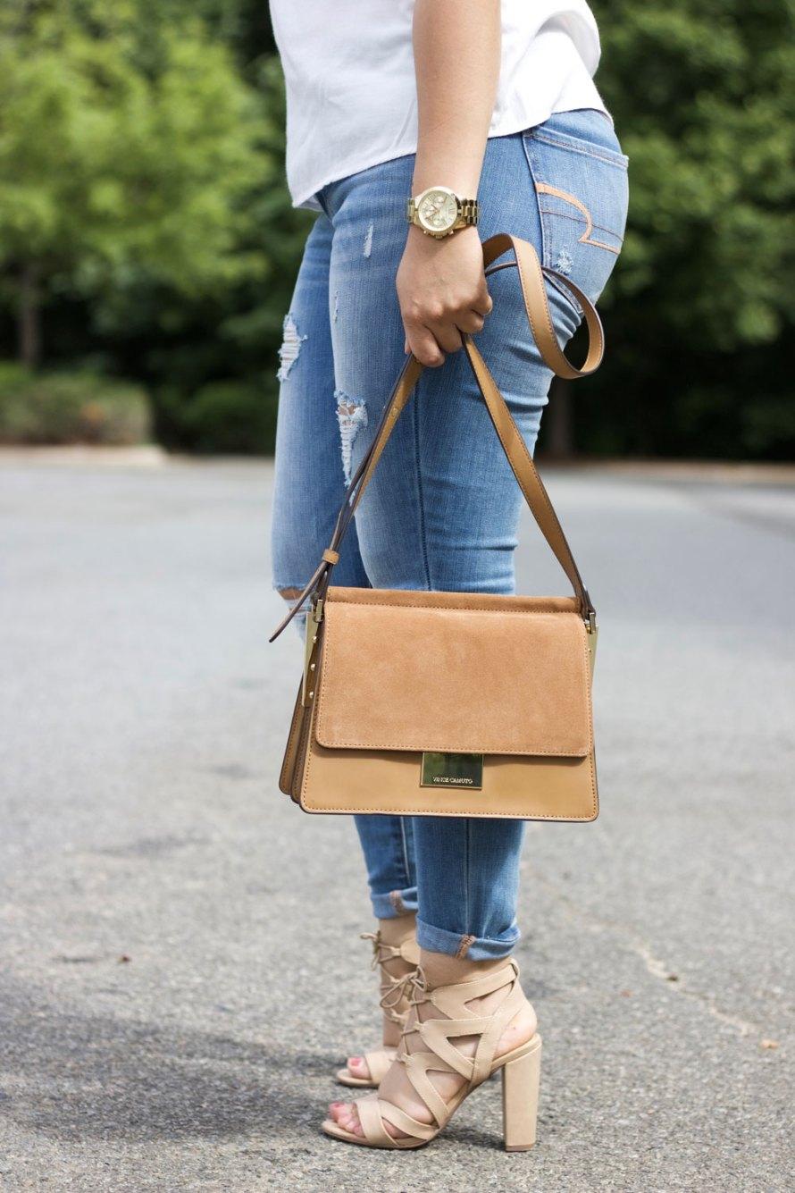 [:en]off shoulder ruffle handbag