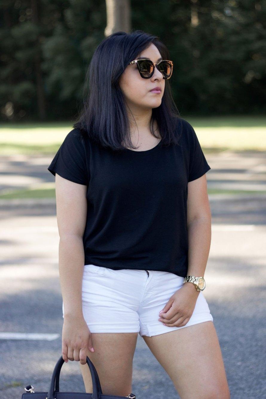 black t-shirt sunglasses