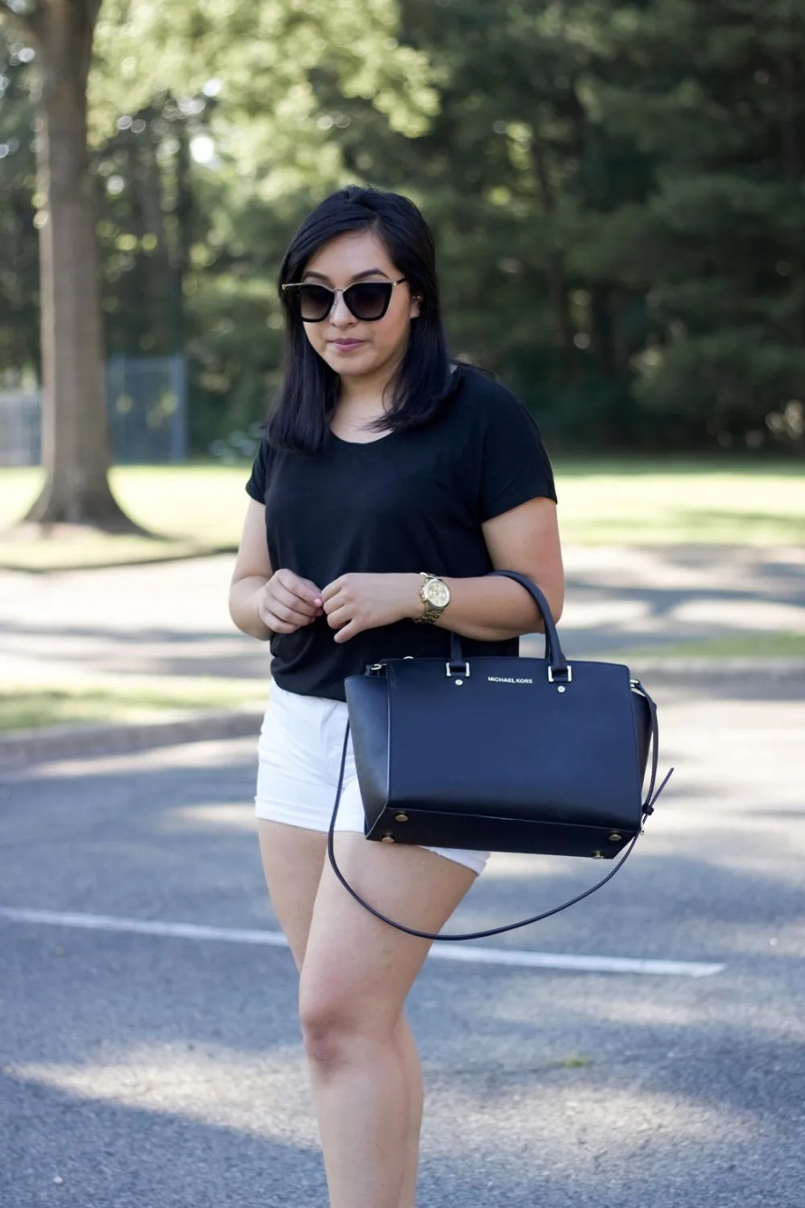 black t-shirt white shorts summer outfit