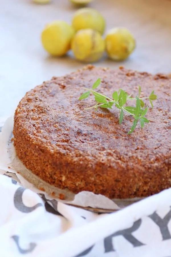 Caprese al Limone Senza Zucchero è la ricetta della tradizionale torta di mandorle Senza Zucchero a Basso Indice e Carico Glicemico