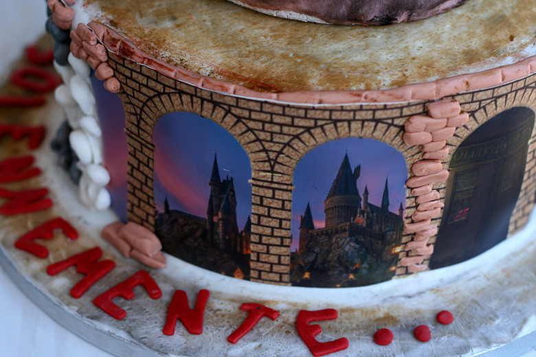 Harry Potter Cake 4