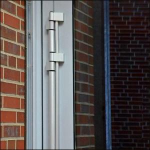 FingerKlemmSchutz   Eingangstür - Bandseite - Athmer
