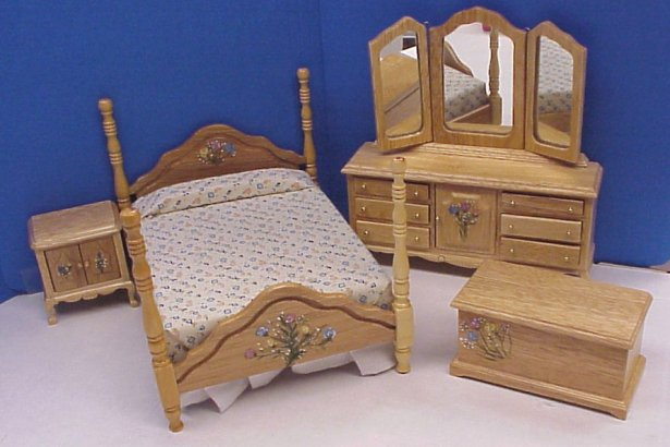 Dollhouse Hand Painted Bedroom Furniture In 1 Scale From FINGERTIP FANTASIES Dollhouse Miniatures