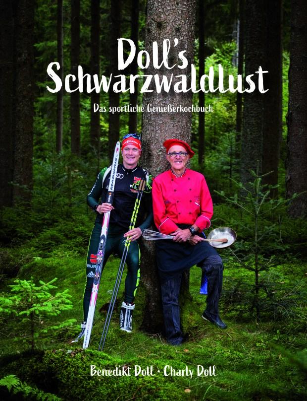 Benedikt Doll und Charly Doll im Wald mit Ski und Kochausrüstung