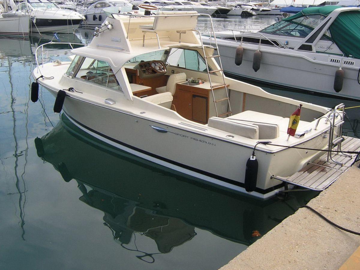 Open Riva Bertram 25 Sports Fisherman Motor Yacht For Sale