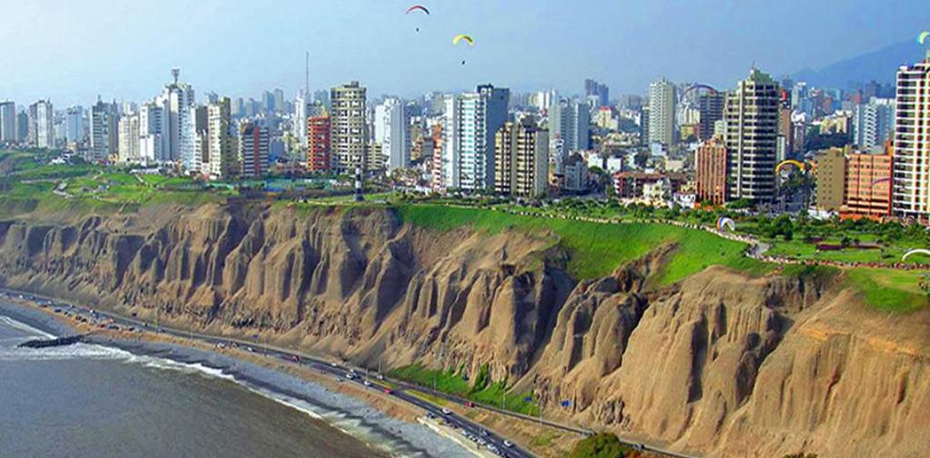 Registered Prenatal Yoga Teacher Training | Lima, Peru | February 2-12, 2017