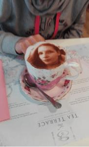 Selfieccino v The Tea Terrace