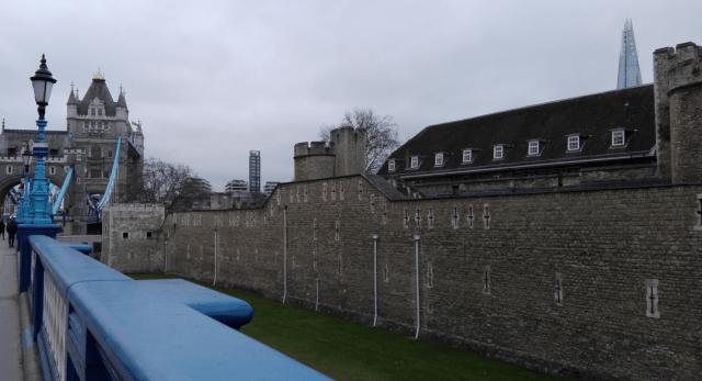 Tower a v pozadí Shard