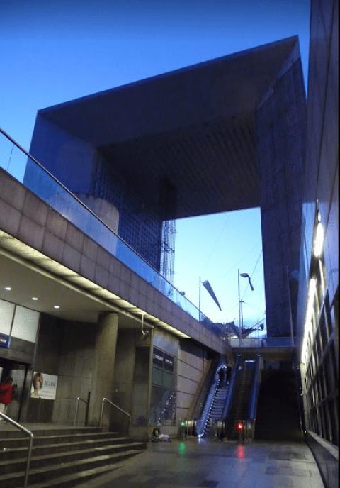 Grande arche - moderní vítězný oblouk