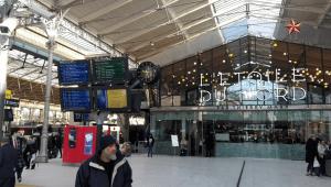 hala nádraží Gare du Nord