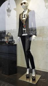 oblečení na rue Rivoli