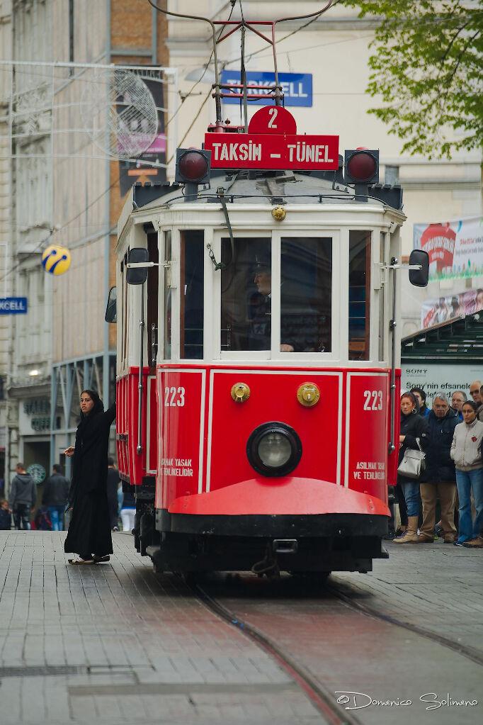 ©Woman In Taksim