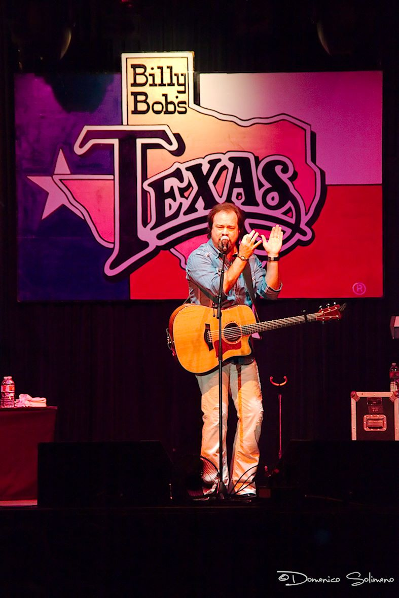 Country Concert - Billy Bob's - FT Worth (TX)