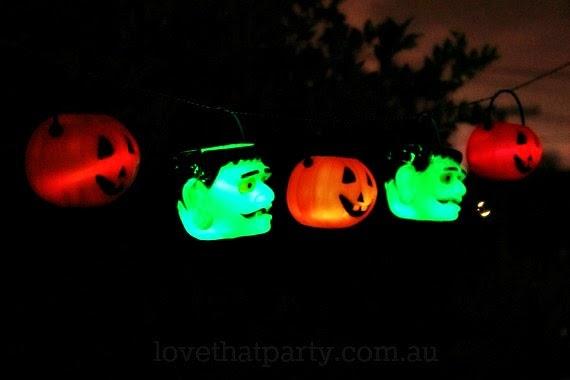 glowing garland halloween DIY glow sticks garland pumpkins