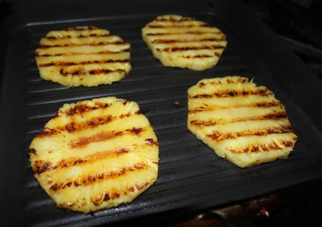 grilled-pineapple-salsa-2