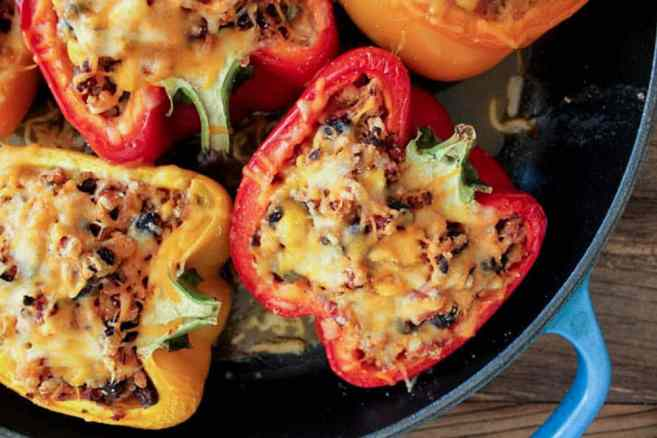 Turkey-and-quinoa-stuffed-bell-peppers-4