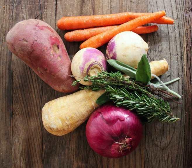 Roasted-Root-Vegetable-Salad-Veggies-and-Herbs