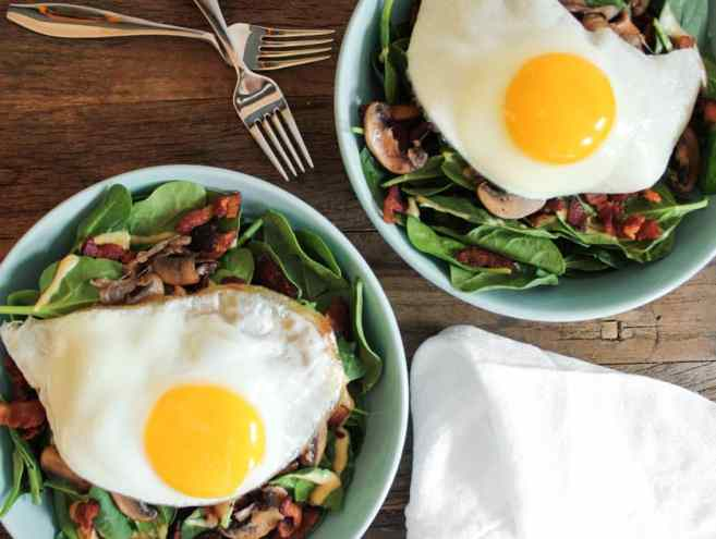 warm-spinach-salad-with-bacon-vinaigrette-and-a-fried-egg-5-3