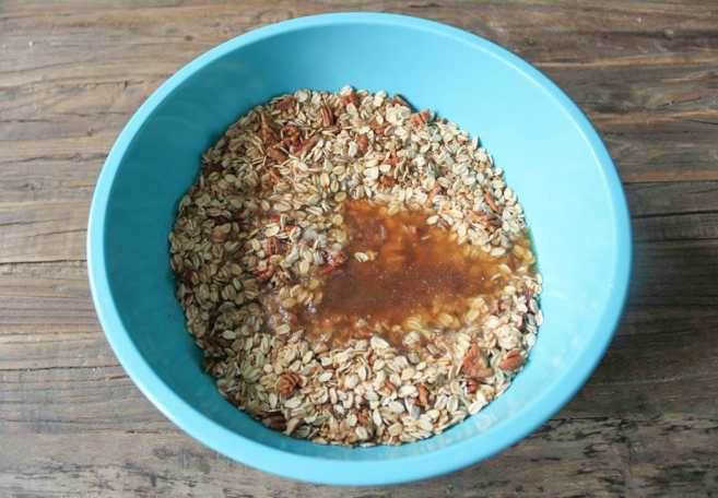 dark-chocolate-cherry-granola-with-crunchy-quinoa-vegan-gluten-free-step-3