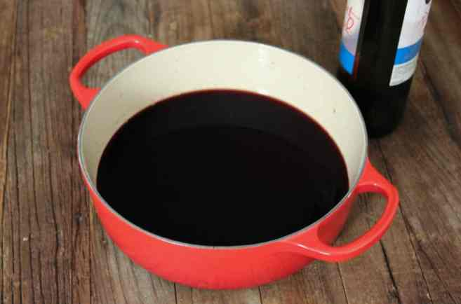 easy-mulled-wine-step-1