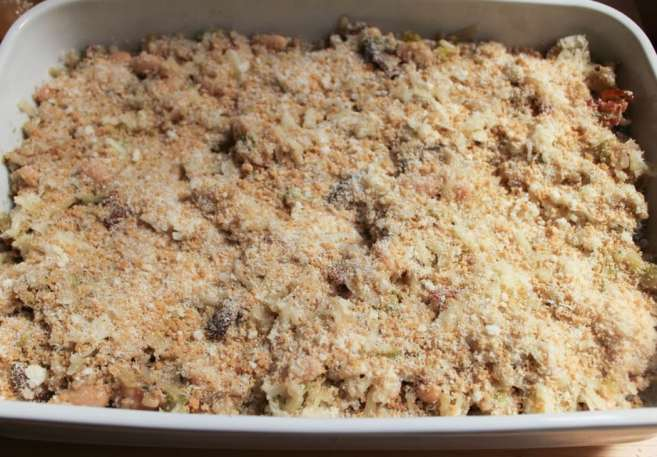 Mushroom-White-Bean-and-Brown-Rice-Casserole-With-Bacon-and-Gruyere-step-10